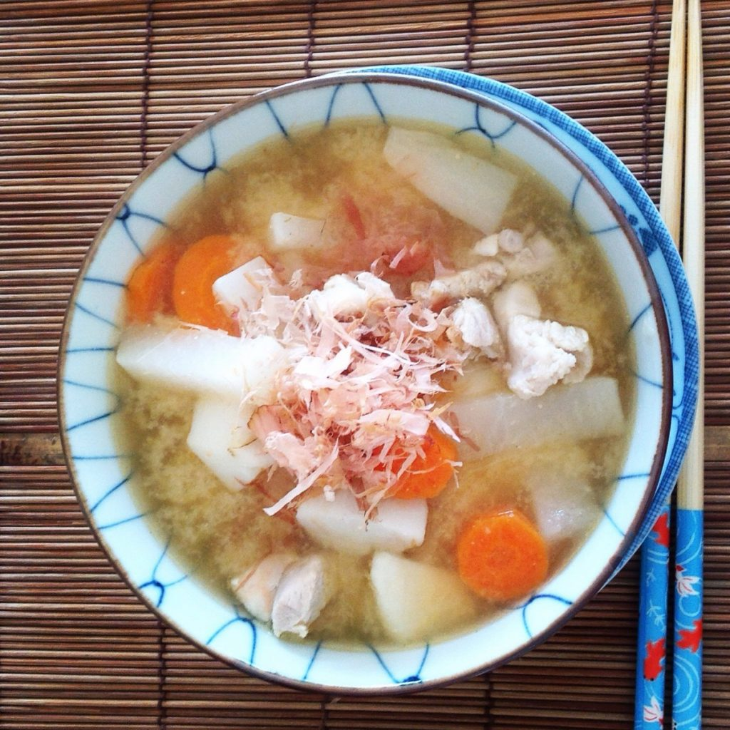 Try to cook Ozouni the Japanese Traditional New Year's Soup